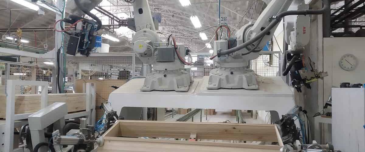 Trpin-Strojegradnja-Menina-Robotska-celica-za-sestavo-trug-naslovna-zamenjaj